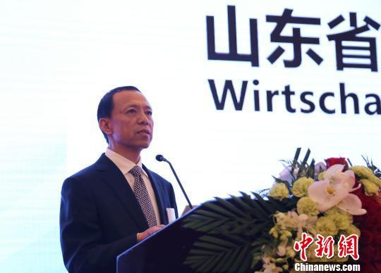 山东省副省长王书坚在交流会上致辞。 沙见龙 摄