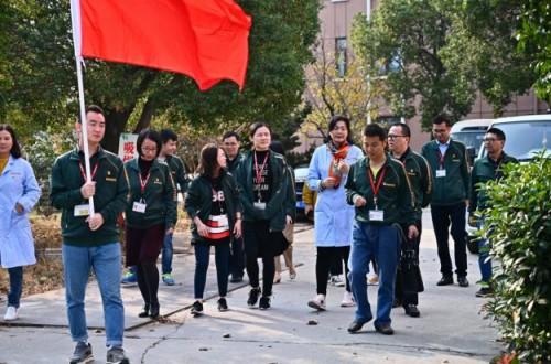 养老院有了温暖奔腾小家电 ,上海奔腾集团党支部结对松江亲清养老院